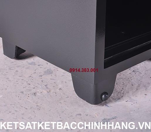 Chân két sắt vân tay Porsche OBAMA