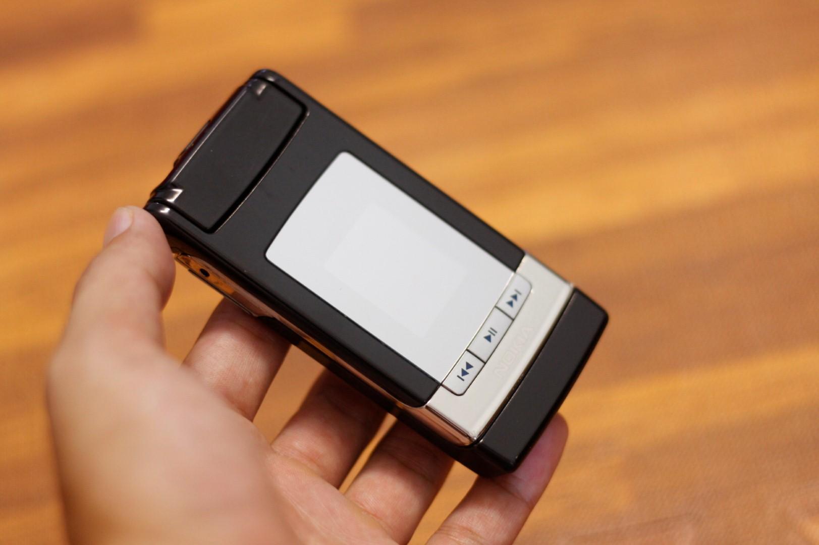 %%%% Điện Thoại Cổ Nokia N76 Chính Hãng