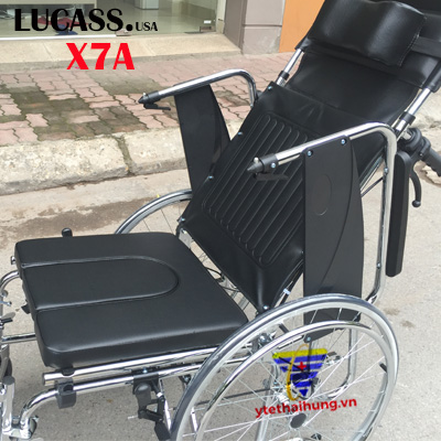 xe lăn nâng thành xe