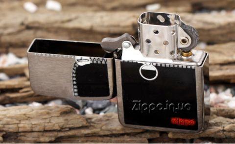 Zippo Zipped Black Ice