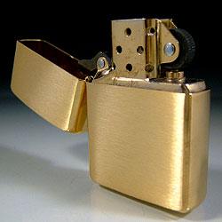 Zippo Armor Brushed Brass