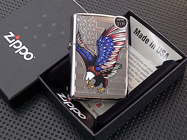 Zippo Eagle Flag Polished Chrome
