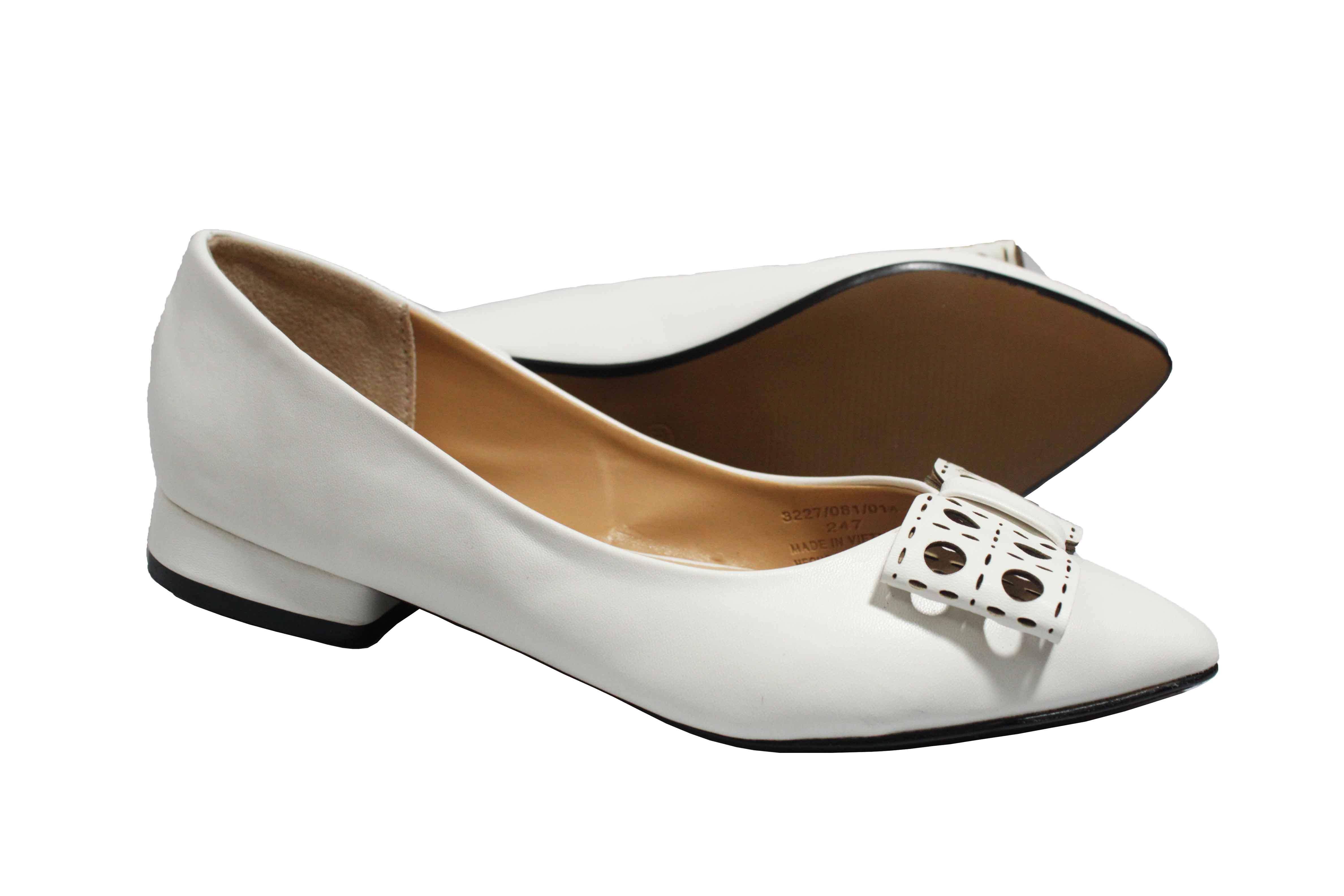 giày búp bê mũi nhọn