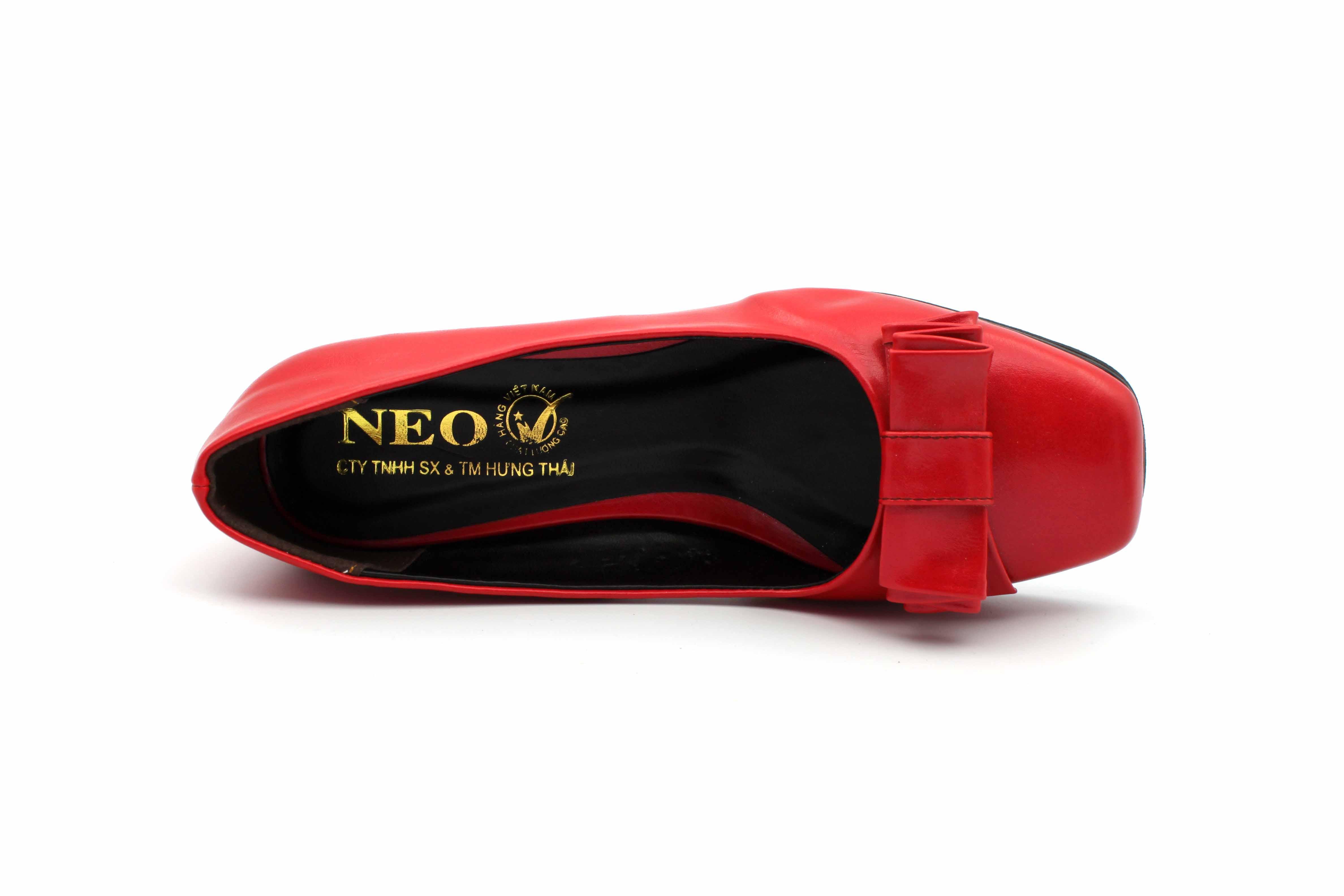 giày mũi vuông nữ