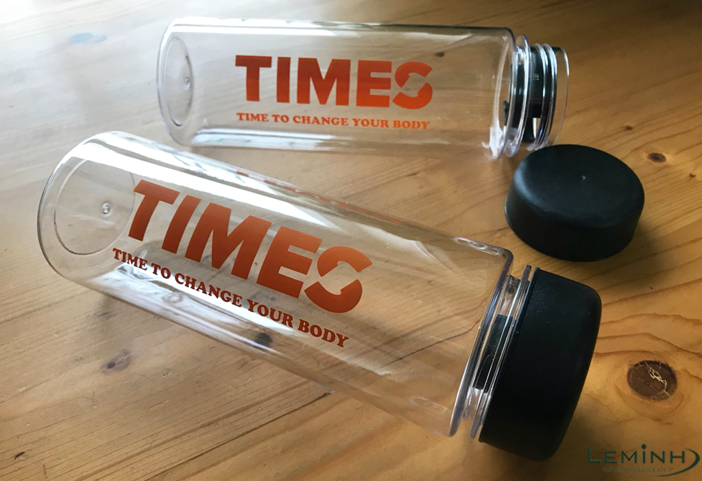 times fitness and yoga center qua tang binh nuoc my bottle in logo
