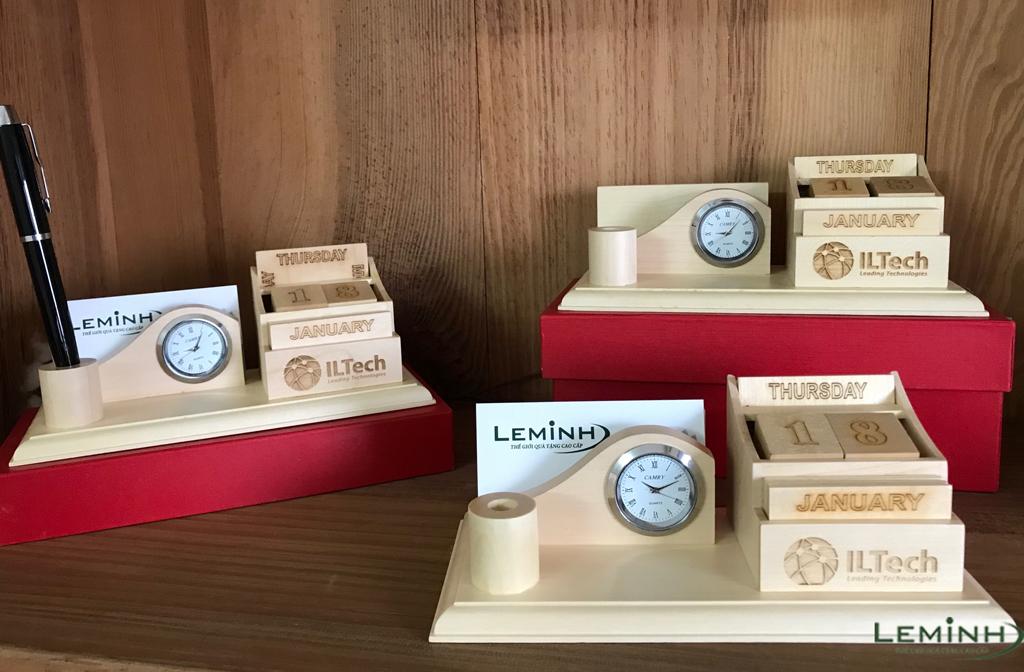 bo lich go de ban qua tang ILTech khac logo so luong lon