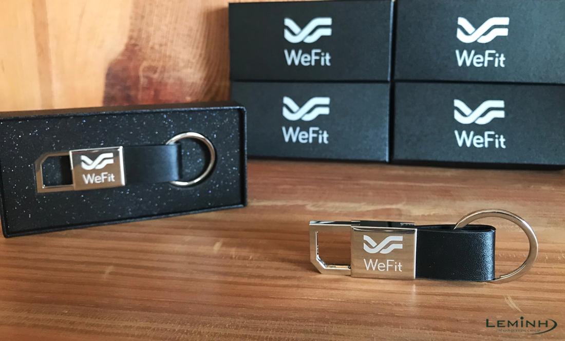 wefit fitness gift qua tang moc khoa kim loai khac logo so luong lon