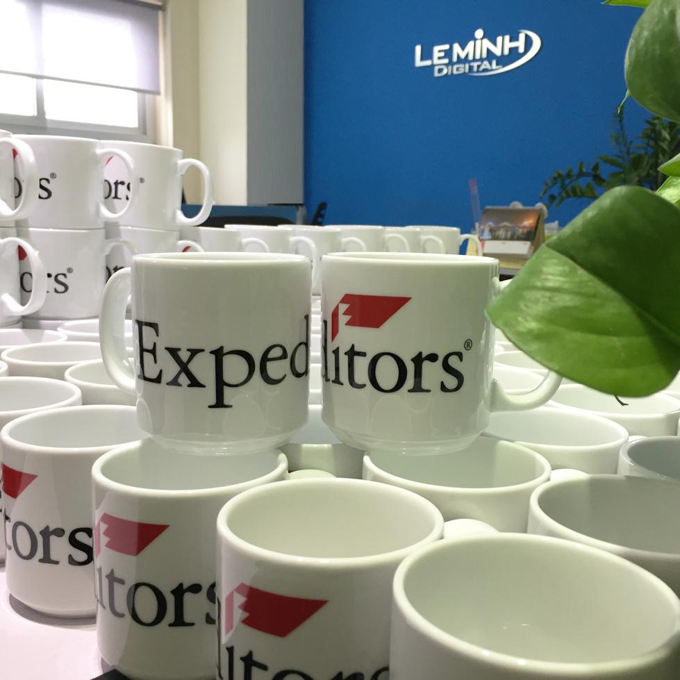 coc su Minh Long in logo so luong lon expeditors