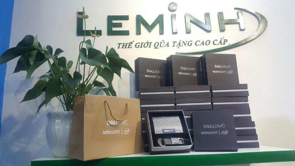 bo qua tang giftset hop namecard moc khoa Dell EMC