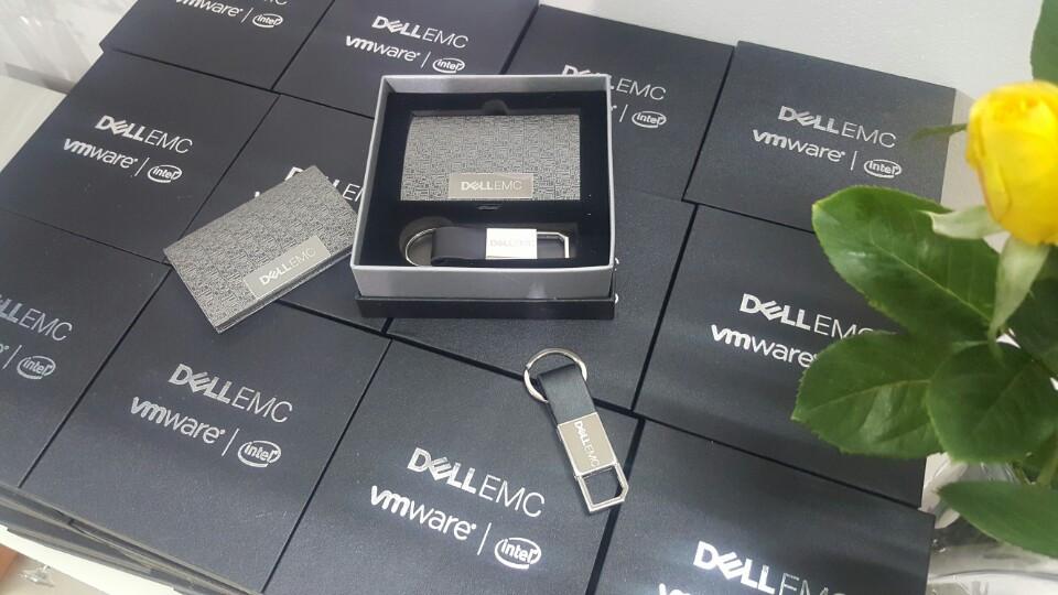 bo qua tang giftset Dell EMC