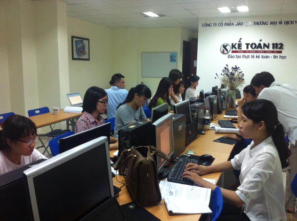 lớp học tin học văn phòng