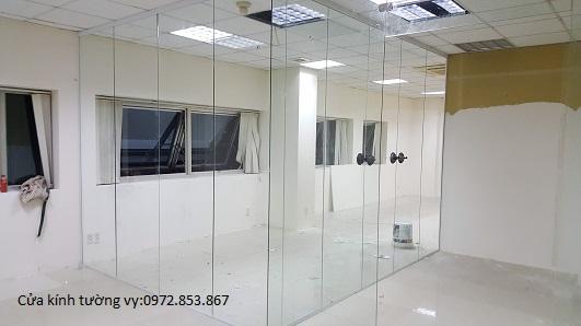tháo vách kính văn phòng,cửa kính,vách nhôm kính quận 12
