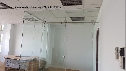 tháo vách kính văn phòng,cửa kính,vách nhôm kính quận tân phú