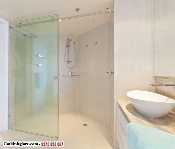 Cửa lùa bằng kính cường lực 1 cánh phòng tắm