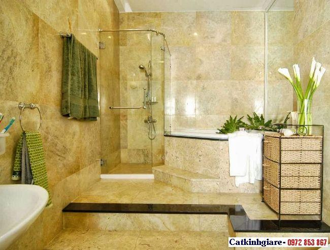 Phòng tắm kính góc bằng kính cường lực
