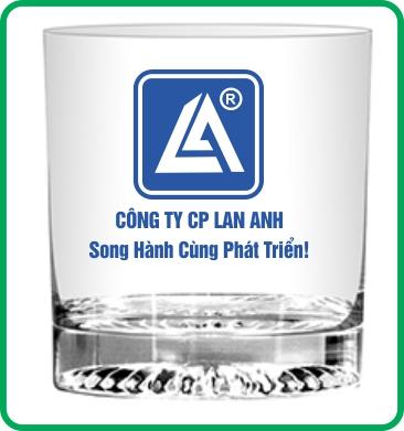 In logo lên ly thủy tinh giá rẻ Lan Anh