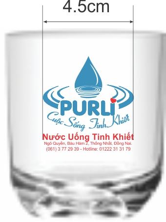 In logo lên ly thủy tinh giá rẻ nước uống Purli