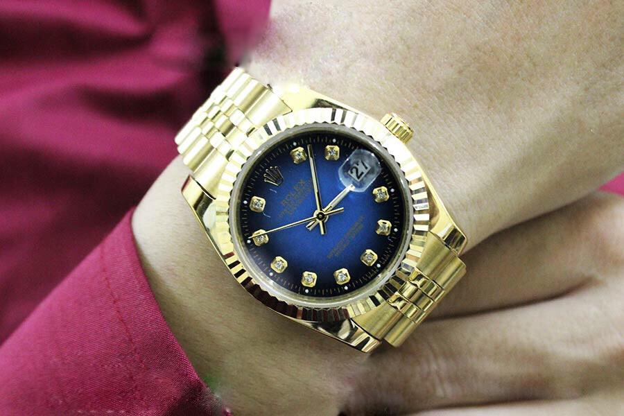 nguyên nhân đồng hồ đeo tay bị chạy chậm