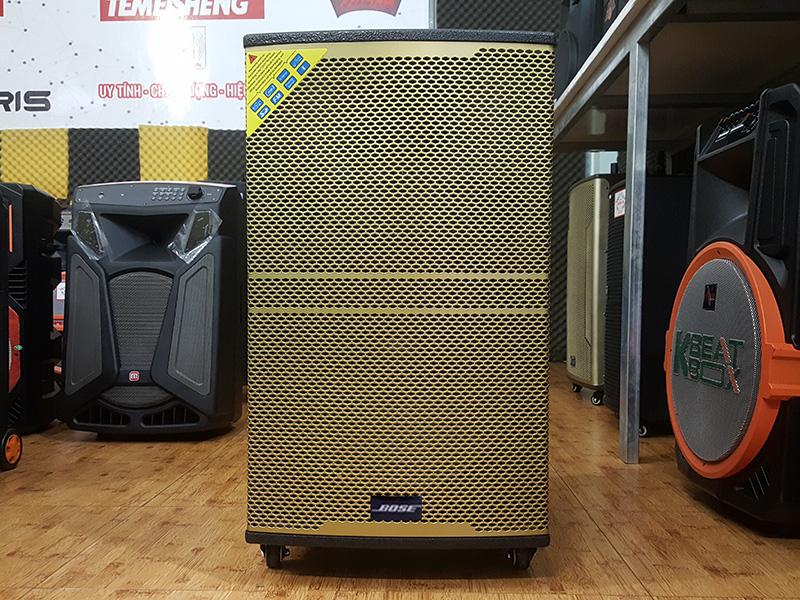 Loa kéo di động có màn hình cảm ứng Bose KT-915FX