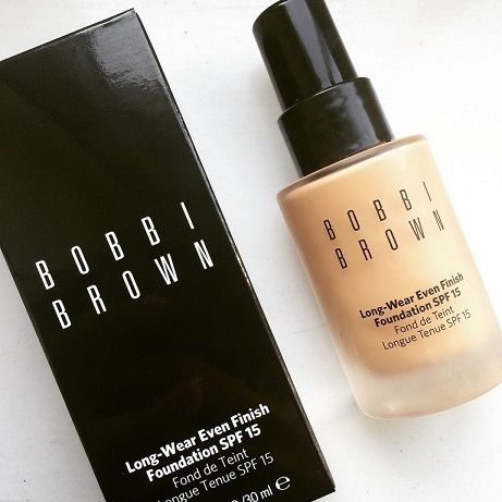 kem nen BOBBI BROWN Long-Wear Even Finish Foundation SPF 15