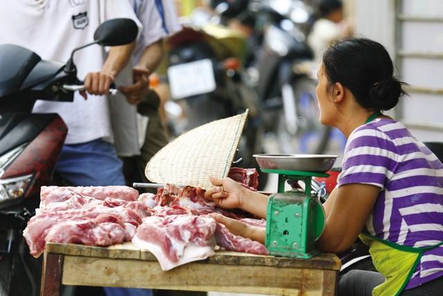 bán thịt lợn