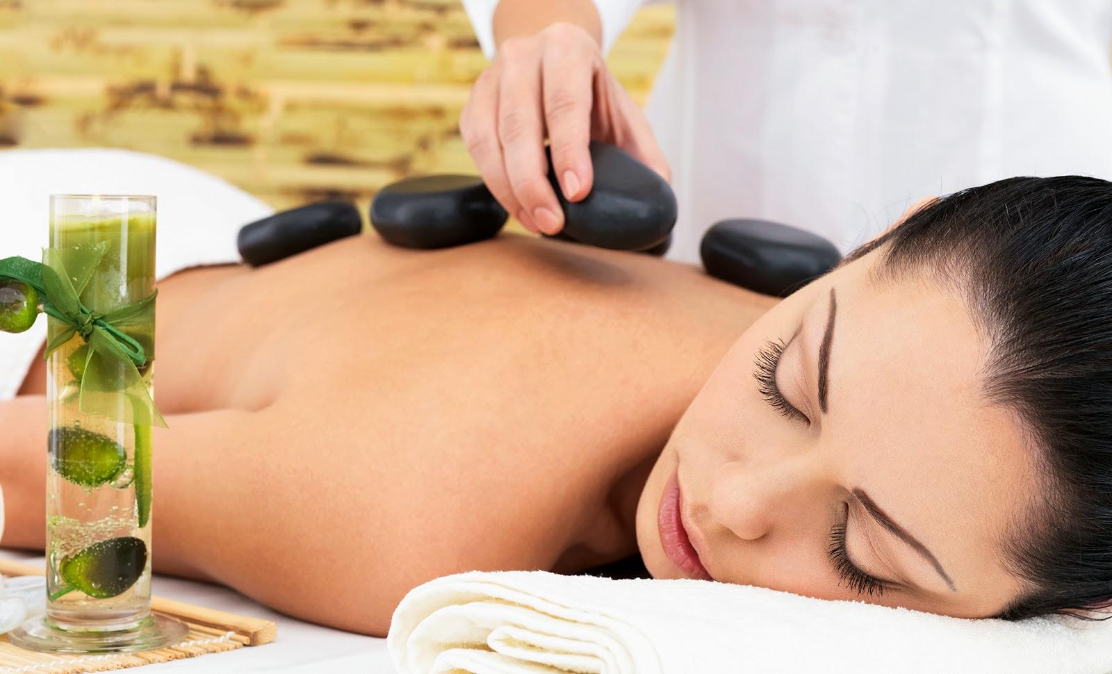 Tác dụng tuyệt vời của massage đá nóng 2