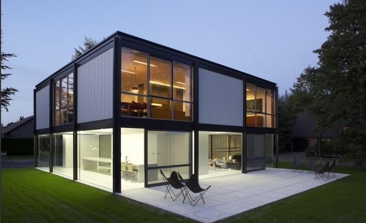 Vẽ đẹp sang trọg và đơn giản của ngôi nhà toàn thép và kinh