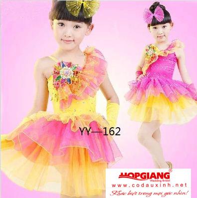 Đầm đẹp cho bé gái