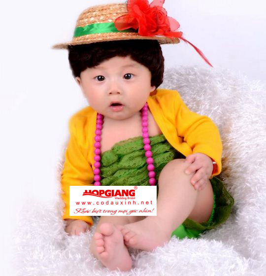 trang phục chụp ảnh cho bé