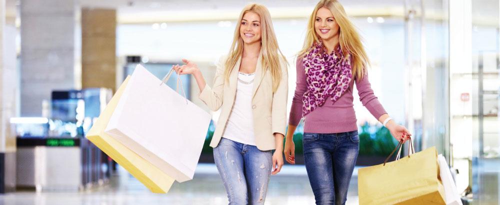 Trung tâm mua sắm sầm uất