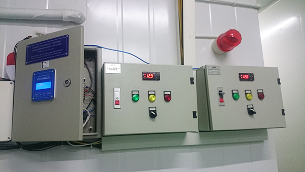 Hệ thống tủ điện điều khiển và cảnh bảo nhiệt độ kho