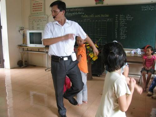 Máy trợ giảng Hàn Quốc đa năng