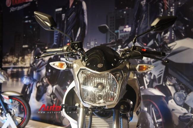Phần đèn pha FZ150i, Naked Bike Yamaha FZ150i