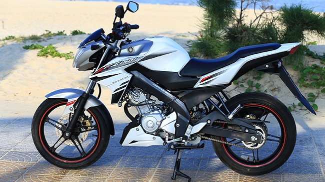 Xe côn tay thể thao Yamaha FZ150, xe Yamaha Naked Bike FZ150i