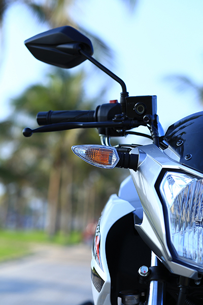 Xe Yamaha thể thao côn tay, xe nam Yamaha, xe côn tay FZ150i, xe Yamaha, dụng cụ sửa chữa xe Yamaha,