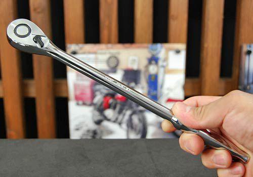 Tay siêt tự động loại 3/8 inch, tay cóc 3/8 inch dài, cần siết tự động, tay lắc vặn loại 3/8 inch, KTC BR3L,
