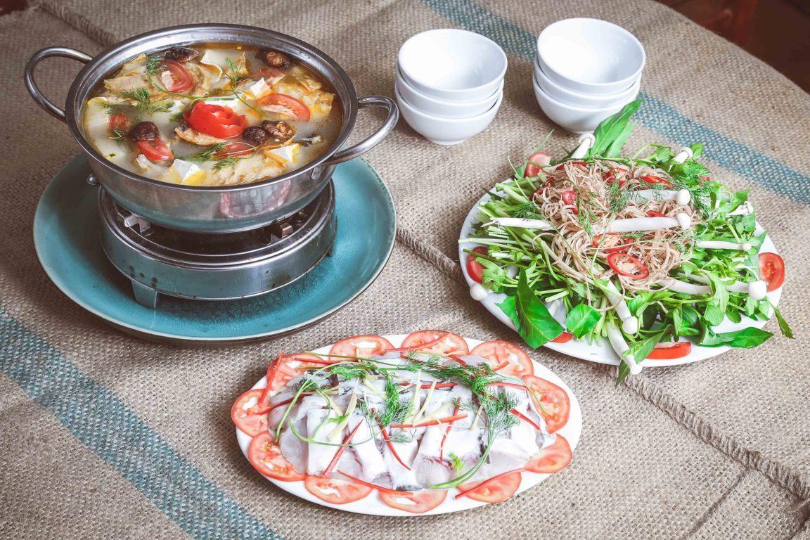 Nguyên liệu chuẩn bị món lẩu cá lăng