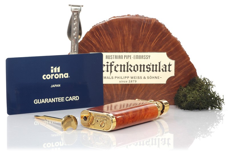 Bật lửa hút tẩu IM Corona Old Boy Gold Plate With Smooth Briar Wood