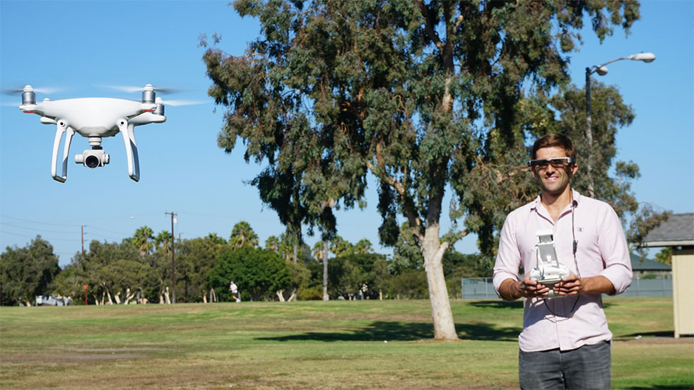 Kính mắt thông minh, xem phim 3D - Epson Moverio BT-300