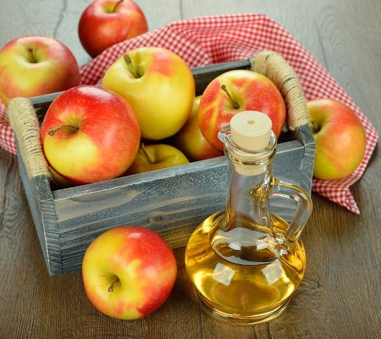 Detox mái tóc với giấm rượu táo