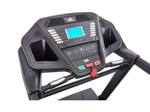 Bảng điều khiển của máy chạy bộ điện Adidas T-16 Aven-10421BK thiết kế tiện lợi