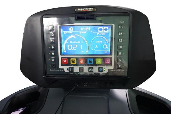 màn hình máy chạy bộ V6C