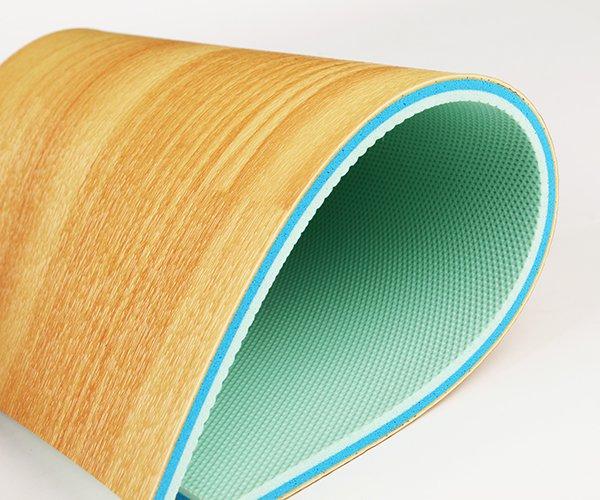 Thảm sàn thể thao đa năng Enlio A-65160 được làm từ nguyên liệu PVC