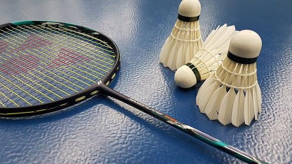 Vợt cầu lông Yonex Nanoflare 700 là một bước đột phá mới trong việc giảm trọng lượng của vợt