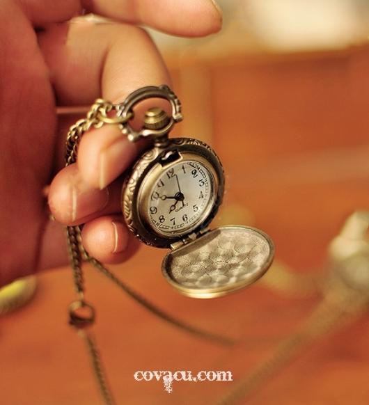 Đồng hồ quả quýt đeo cổ