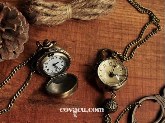 Đồng hồ dây chuyền quà lưu niệm độc đáo