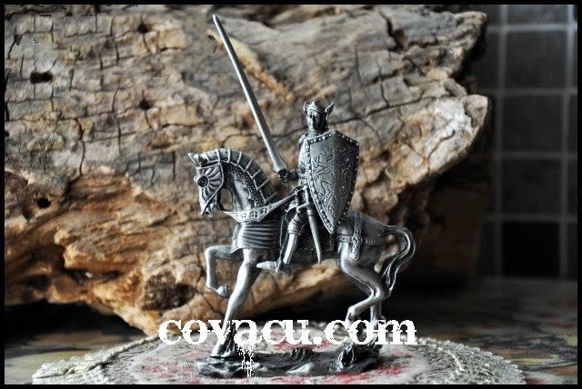Tượng giả cổ hình chiến binh đẹp