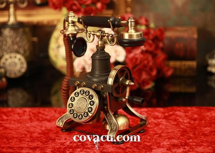 Điện thoại cổ trang trí nhà