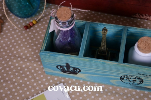 Hộp gỗ cắm bút cổ điển