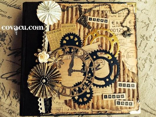 Scrapbook handmade chủ đề tình yêu.